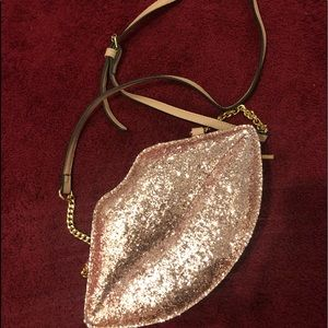 Shimmery lips novelty bag from Aldo